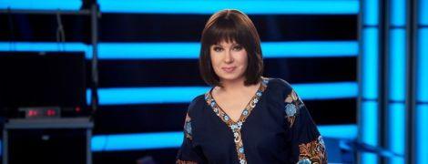 Алла Мазур в платье-вышиванке очаровала роскошным образом