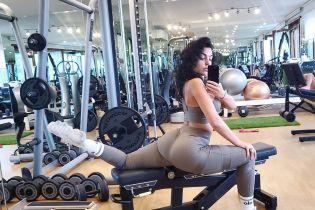 Блеснула пятой точкой: Джорджина Родригес поделилась селфи из спортзала