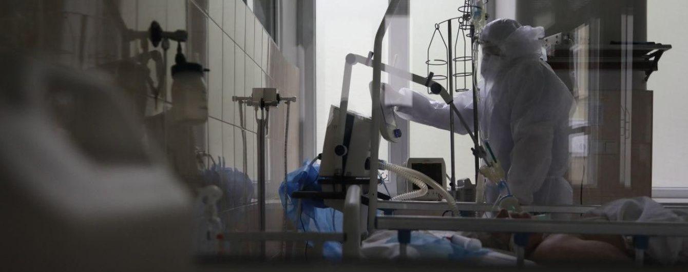 Правительство определило размер выплат медикам в случае инвалидности или смерти через коронавирус