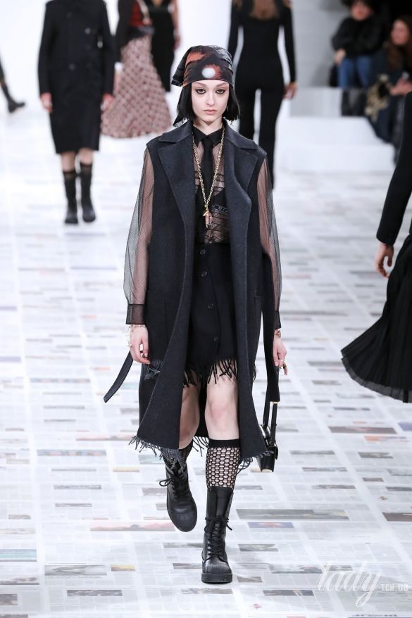 Коллекция Christian Dior прет-а-порте сезона осень-зима 2020-2021_14