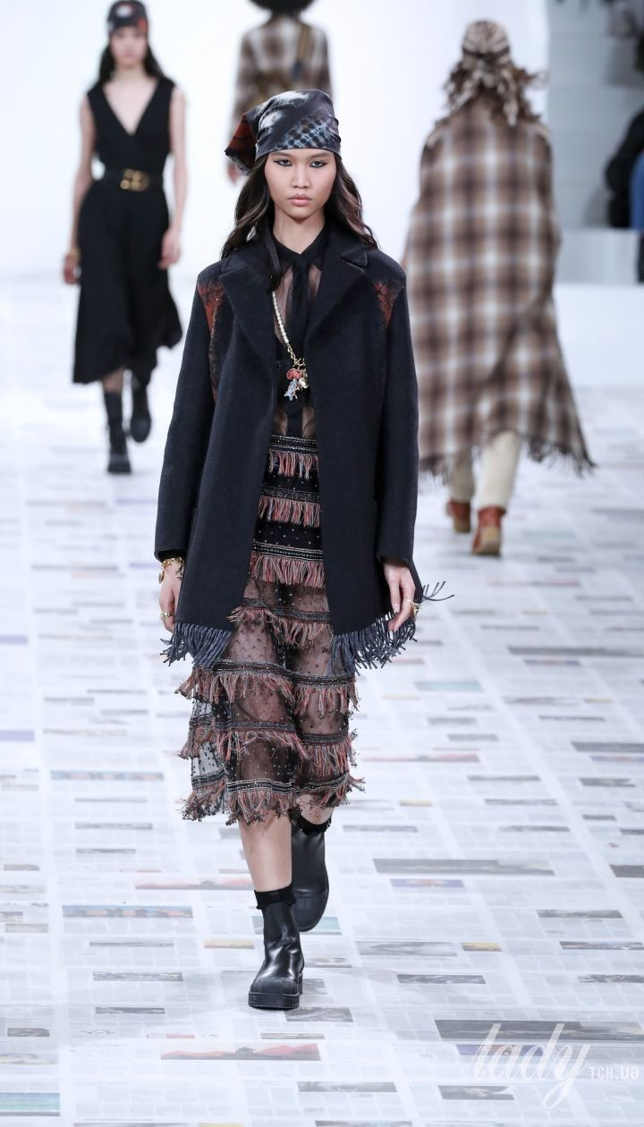 Колекція Christian Dior прет-а-порте сезону осінь-зима 2020-2021 @ East News