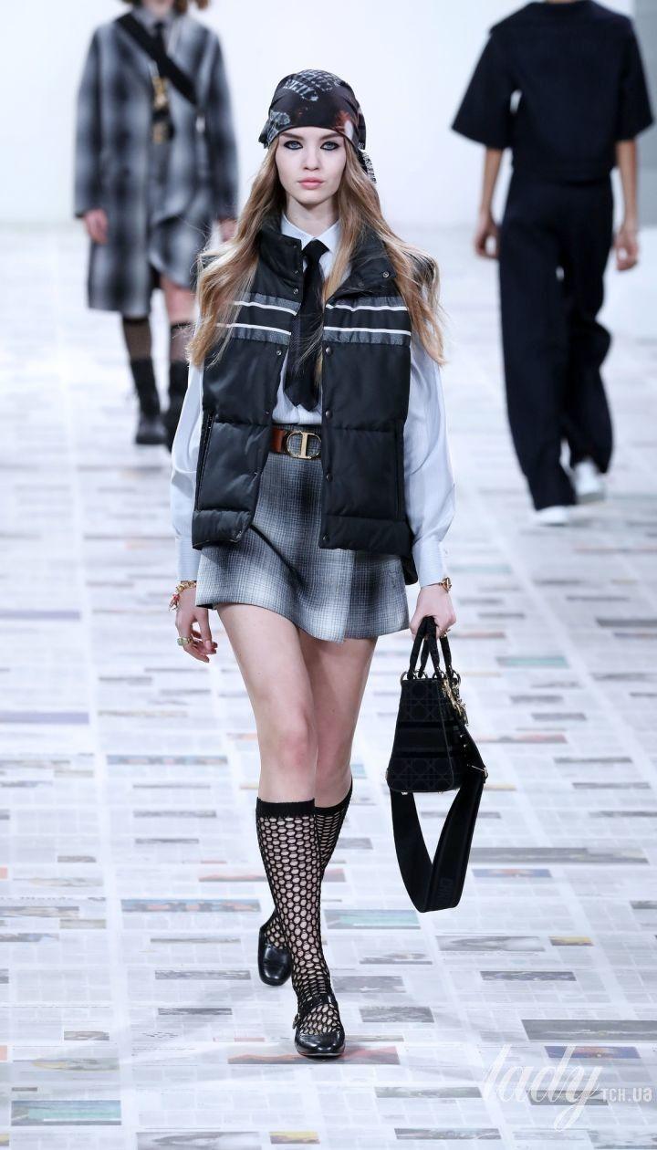 Коллекция Christian Dior прет-а-порте сезона осень-зима 2020-2021 @ East News