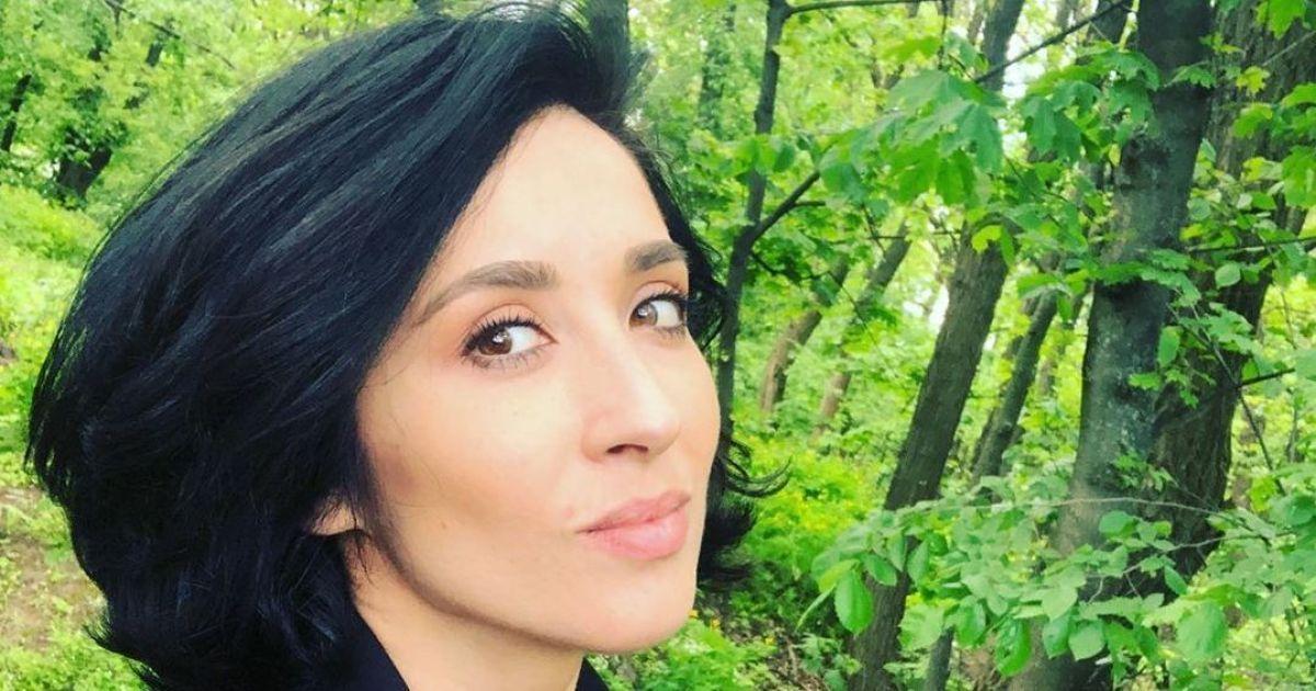 """Экс-участница """"Алиби"""" Анна Завальская в мини-бикини открыла пляжный сезон"""