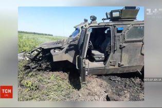 В Авдеевке подорвался автомобиль с украинскими военными, есть травмированные