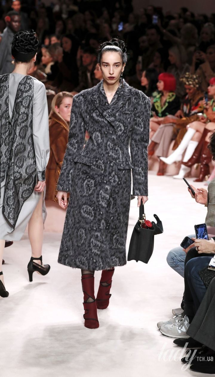 Коллекция Fendi прет-а-порте сезона осень-зима 2020-2021