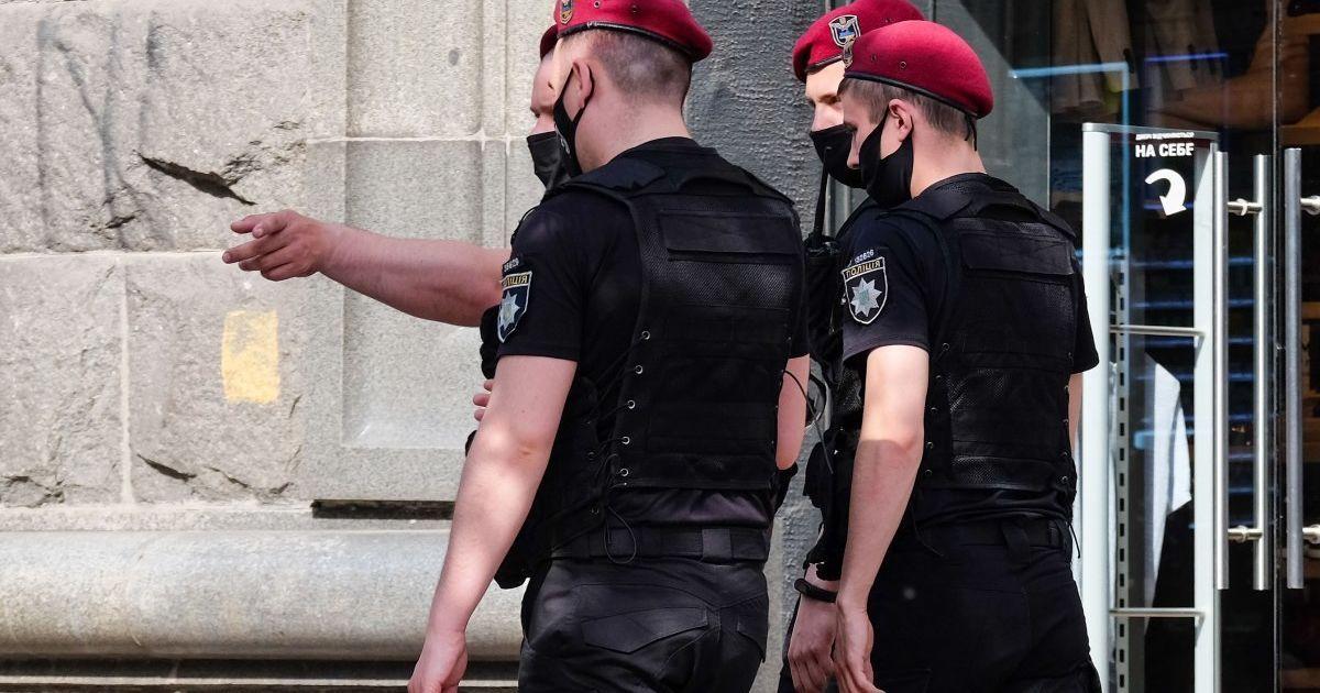 Во всех подразделениях Нацполиции обещают установить систему круглосуточного контроля за полицейскими