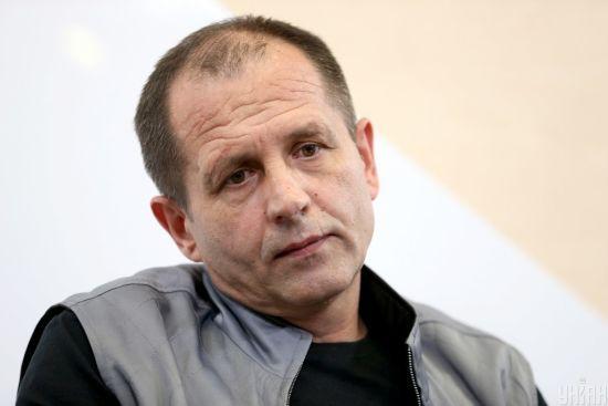 У суді, де обирають запобіжний захід Стерненку, побили колишнього бранця Кремля