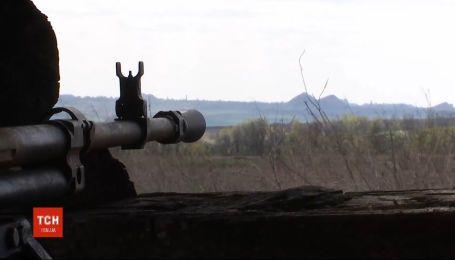 Один украинский боец получил ранение на передовой