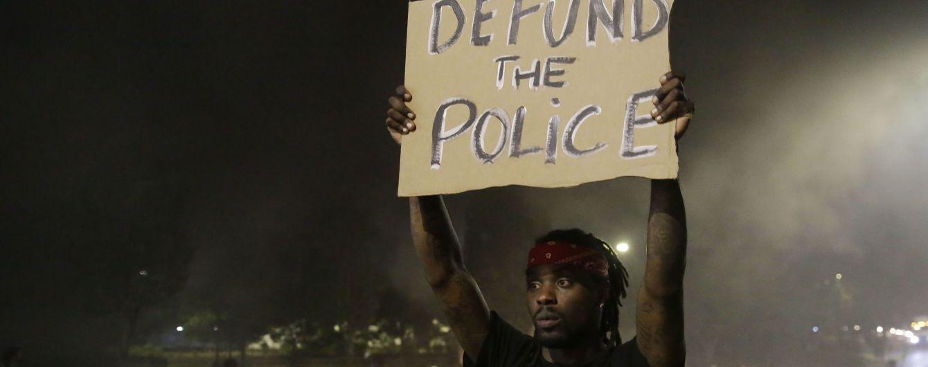 В США вспыхнули новые протесты из-за второго убийства афроамериканца полицейскими
