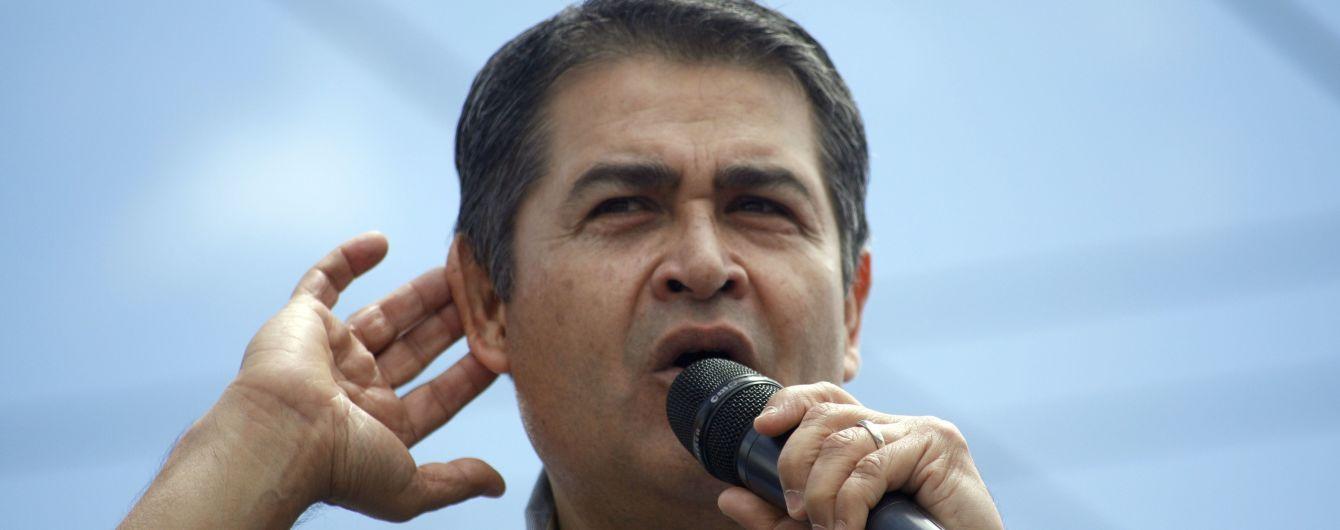 Президент и первая леди Гондураса подхватили коронавирус