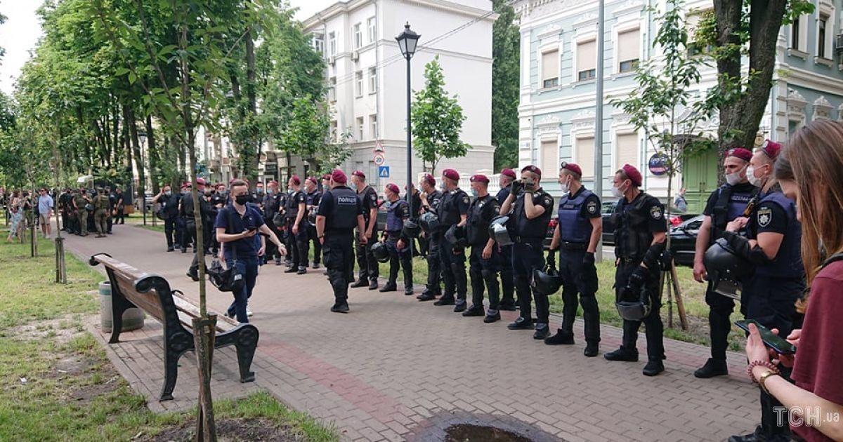 мітинг під будинком Зеленського @ Фото Івана Воробйова/ТСН
