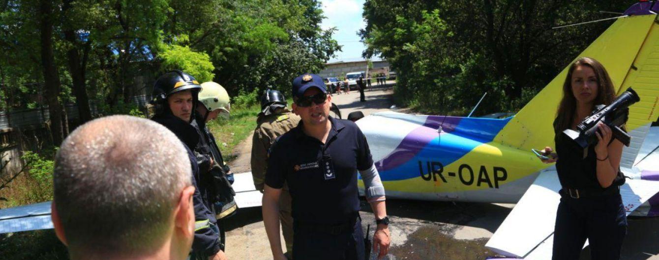 """Падіння літака """"Дельфін"""" в Одесі: всі подробиці трагедії"""