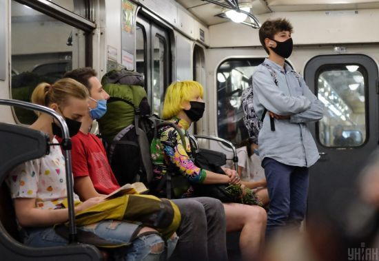 Чорний, жовтий та зелений: Ляшко розповів про три сценарії поширення коронавірусу в Україні
