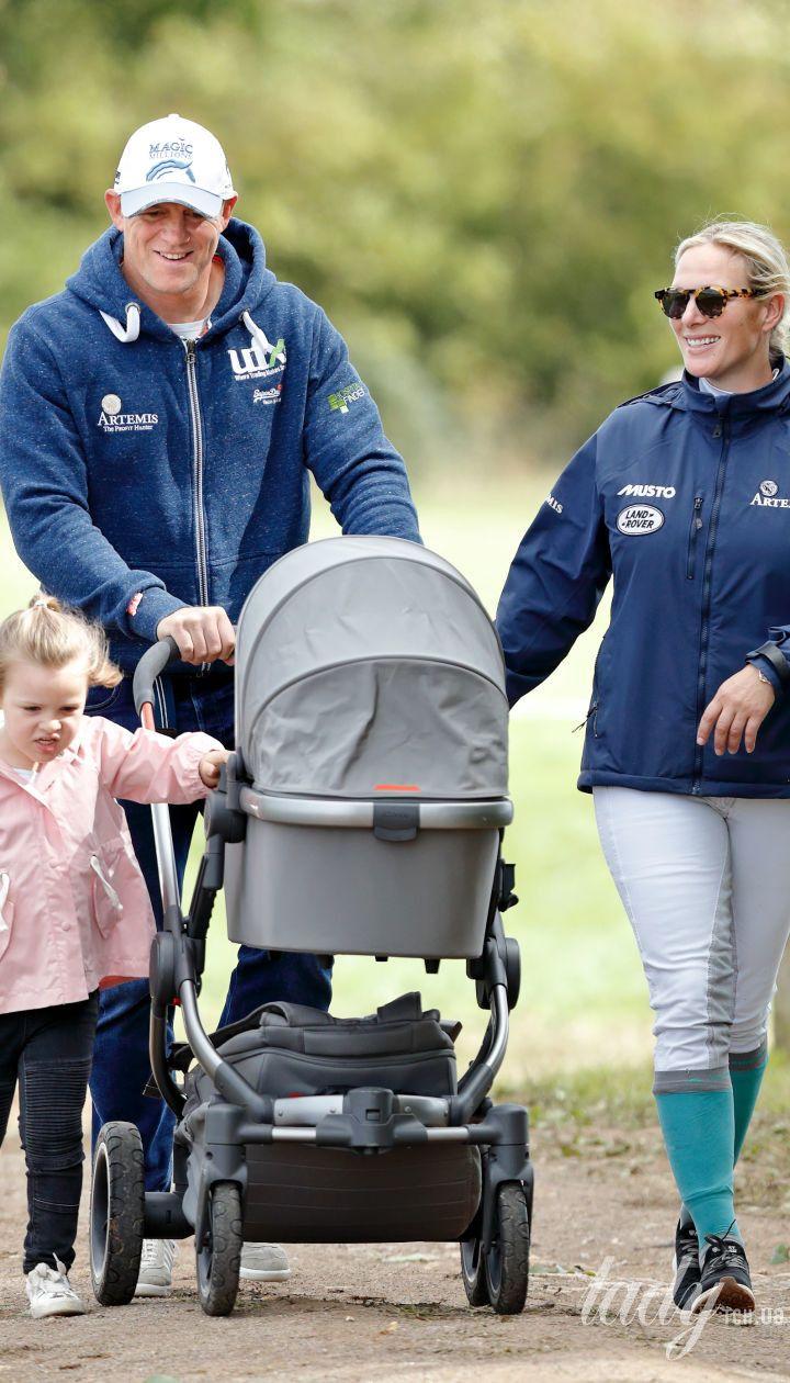 Лена Элизабет Тиндолл с сестрой и родителями