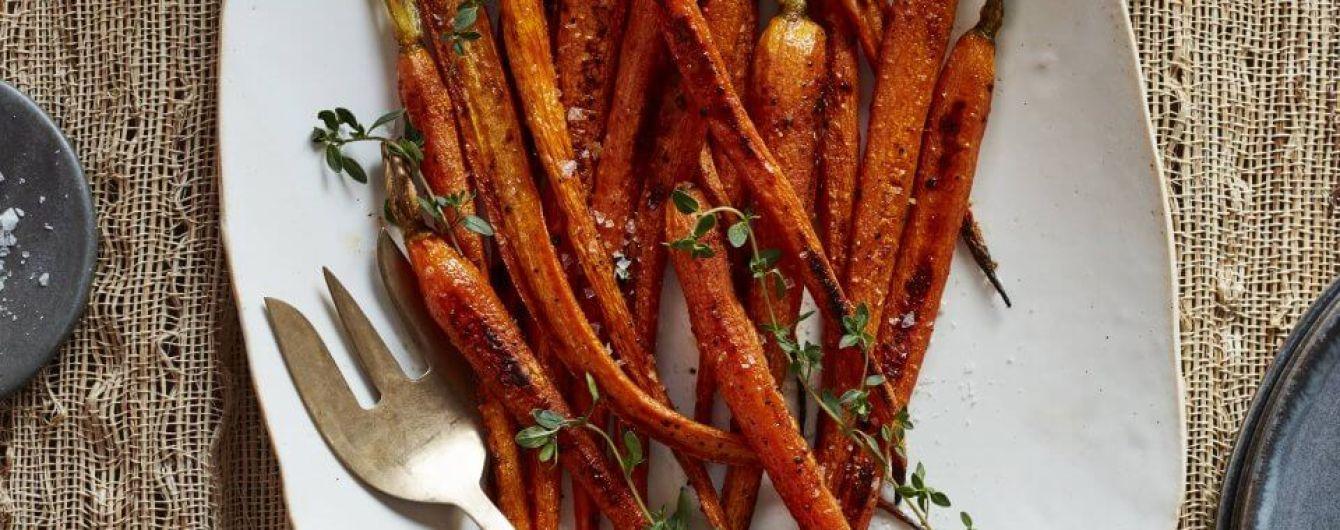 Морква, запечена з чебрецем: рецепт моделі Кріссі Тейген
