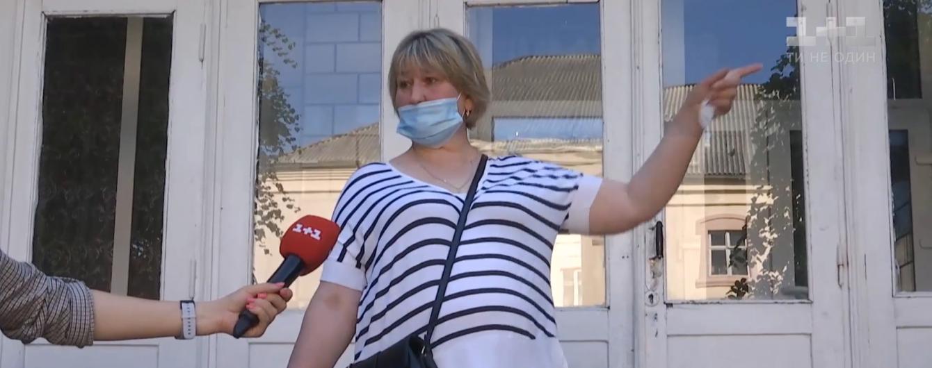 В Ровенской области не хотели пускать в общежитие медсестру, которая переболела коронавирусом