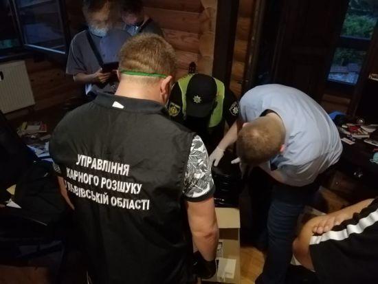 По гарячих слідах: у Львові затримали 18-річного педофіла