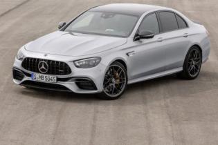 Mercedes вывел на украинский рынок две модели: все подробности и фото