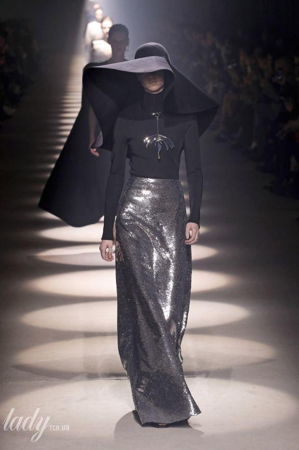 Коллекция Givenchy прет-а-порте сезона осень-зима 2020-2021_32