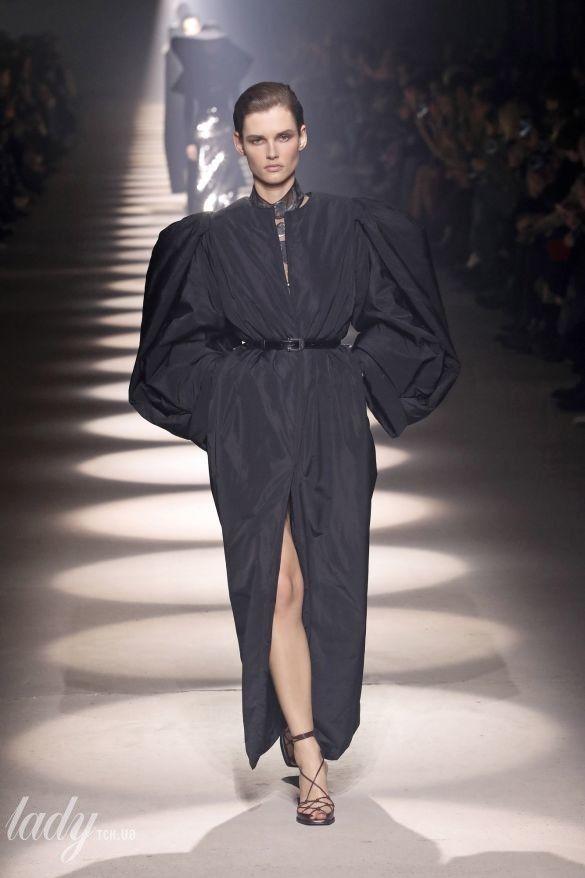 Коллекция Givenchy прет-а-порте сезона осень-зима 2020-2021_31