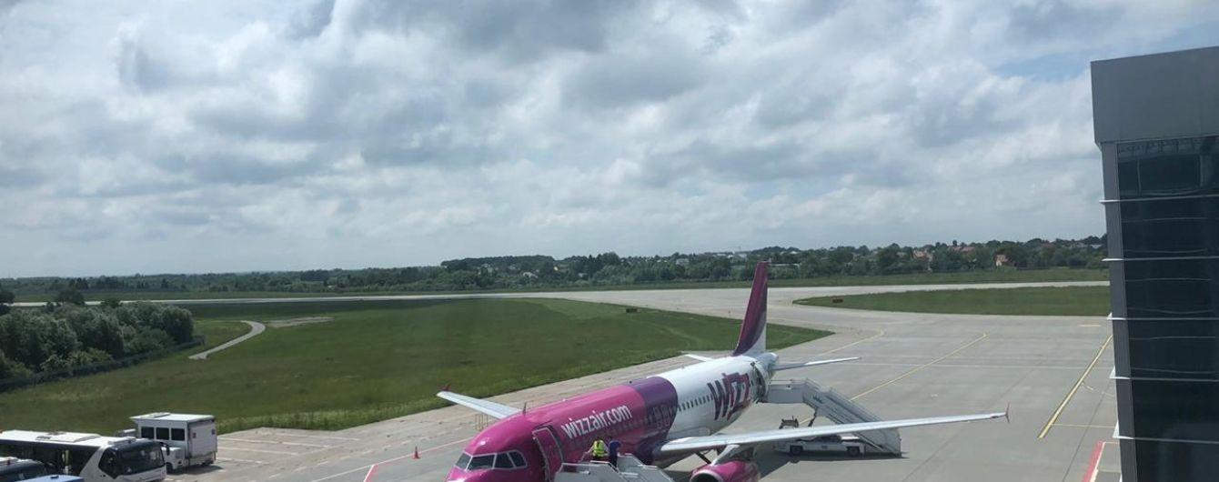 Аеропорт Львова відновив міжнародні польоти