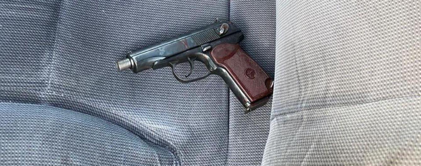 У Дніпрі поліцейська вистрілила собі у голову в службовому кабінеті