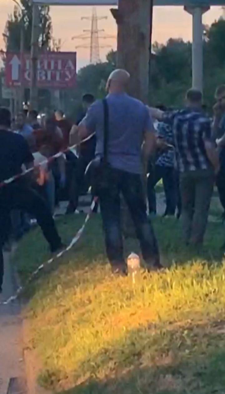 З'явилося відео з місця вбивства поліцейського у Дніпрі