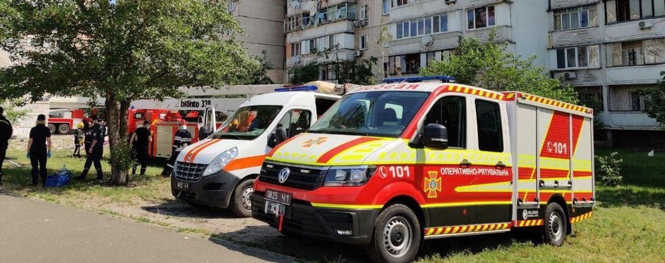 Количество жертв взрыва в многоэтажке в Киеве выросло: видео с места события