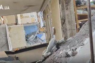 Соседи из дома в Киеве, где произошел взрыв, опубликовали видео с первыми секундами после трагедии