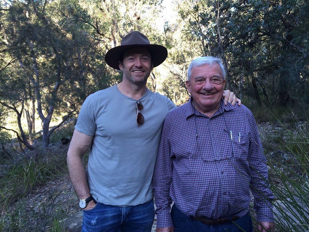 Г'ю Джекман з татом