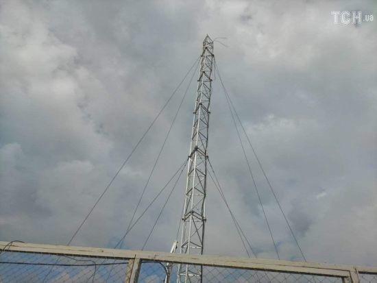 У Широкиному бойовики ракетою поцілили у камеру ОБСЄ