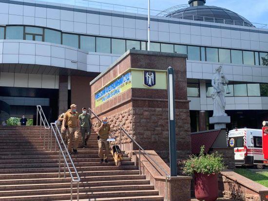 Зґвалтування у Кагарлику: Апеляційний суд відкинув скаргу підозрюваного копа і залишив його під вартою