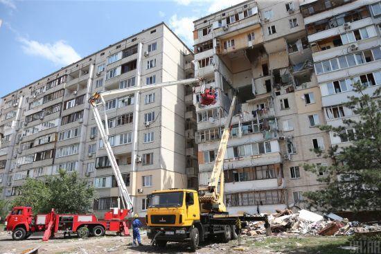 На місці обвалу будинку на Позняках провели експертизу: поліція назвала головну причину вибуху