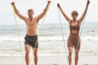 В велосипедках з підтяжками: 53-річна Голлі Беррі зайнялася спортом на пляжі