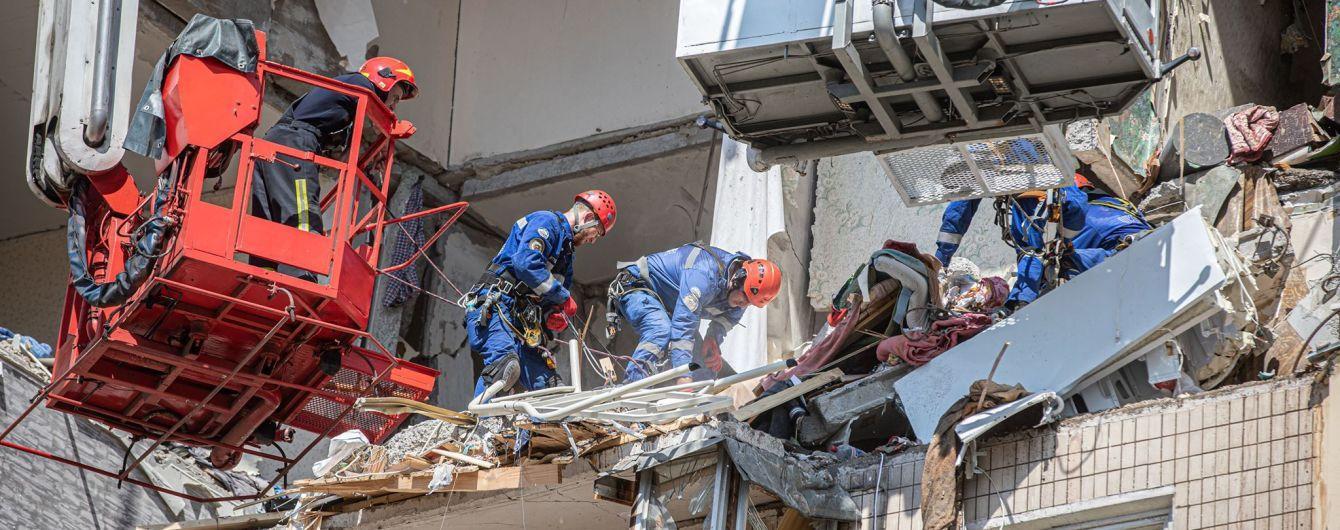 Пострадавшим от взрыва на Позняках восстанавливают документы