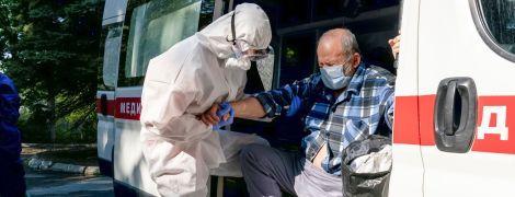 В Украине коронавирусом заразились более 50 тысяч человек: количество новых случаев резко возросло