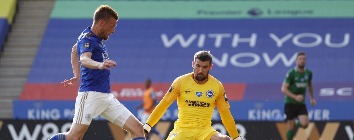 В Англии вратарь чуть не привез комичный гол в свои ворота, его затроллили в соцсетях