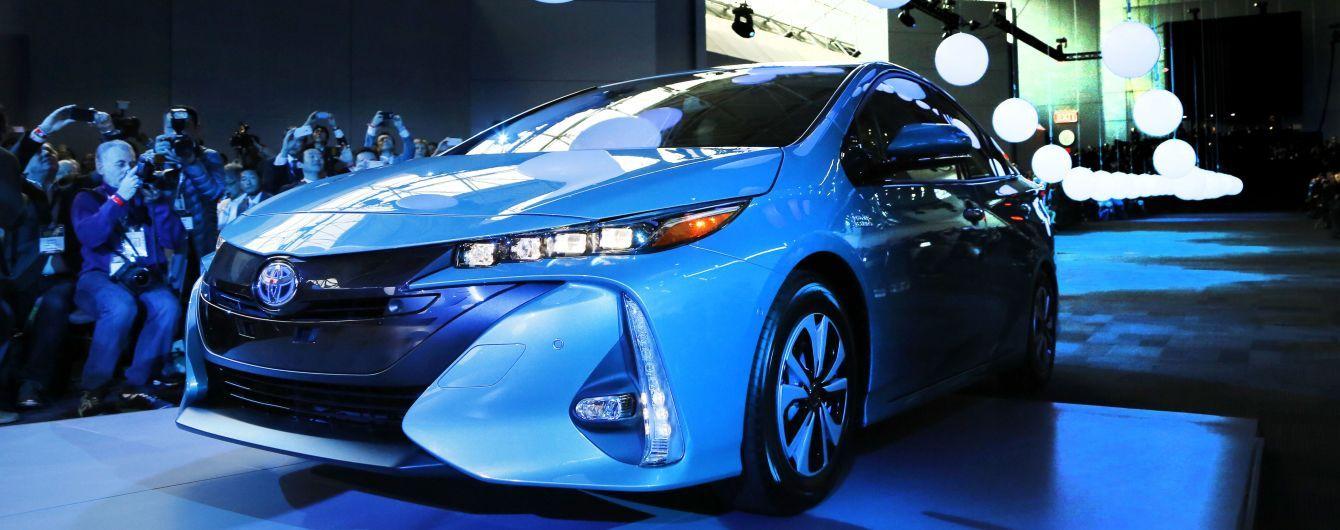 Toyota відкличе понад 700 тисяч екземплярів популярної моделі в усьому світі