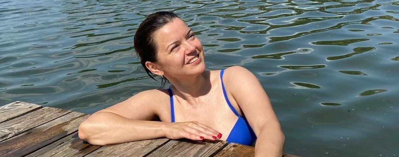 Маричка Падалко в купальнике показала стальной пресс