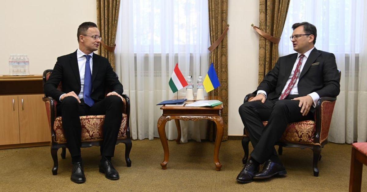 Україна та Угорщина домовилися про переговори щодо мовного та освітнього питань