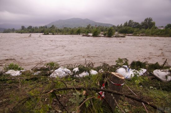 Мер Яремче перелічив збитки після повеней у західних областях