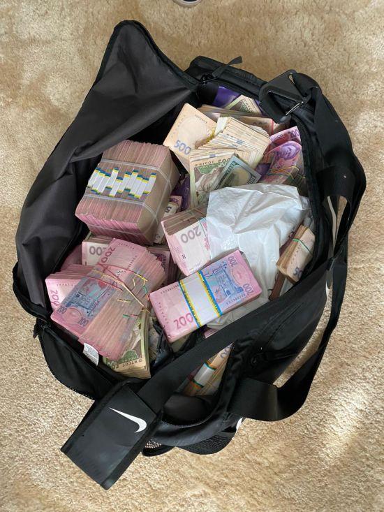 НАБУ затримало на хабарі очільника Кіровоградської ОДА Андрія Балоня – хотів отримати 1,8 млн