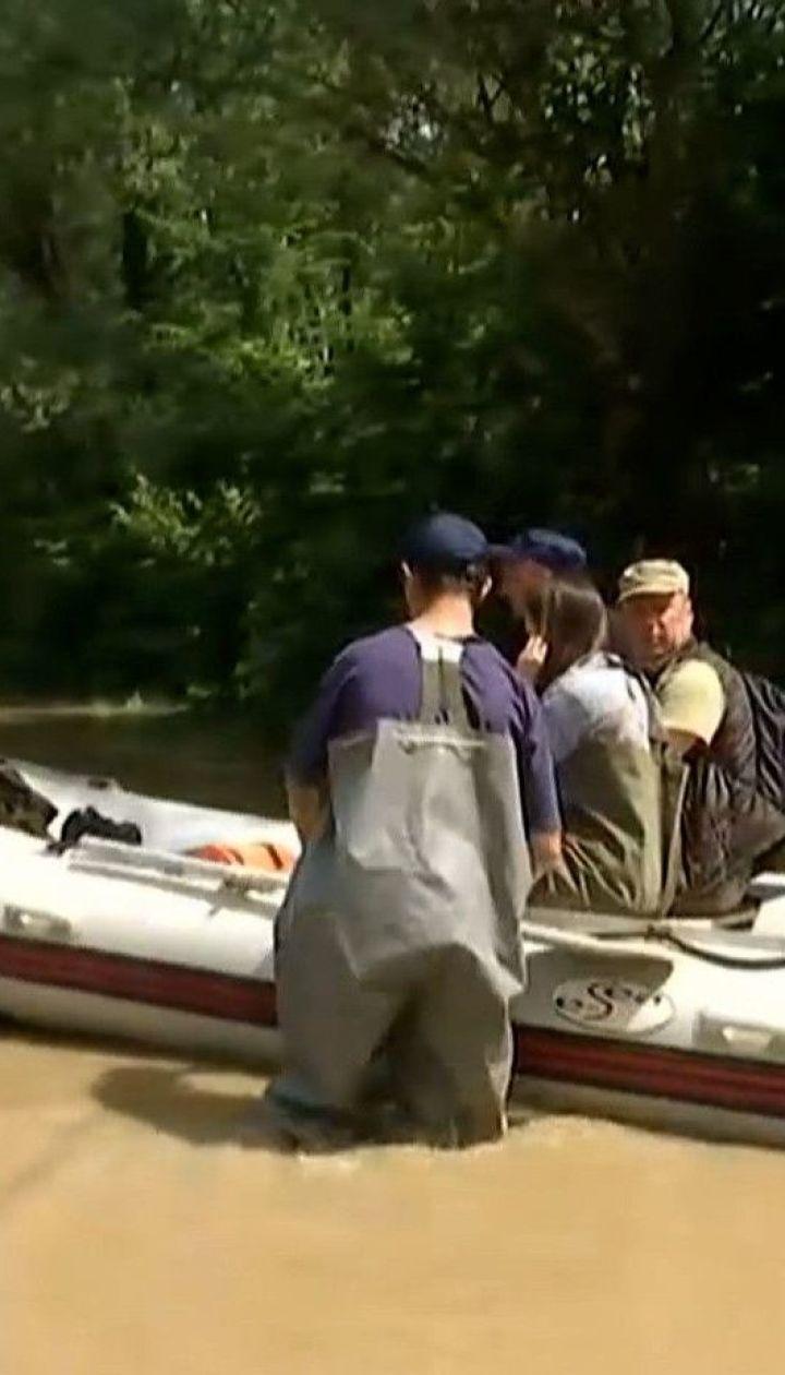 Украина просит НАТО и ЕС помочь в преодолении последствий наводнения