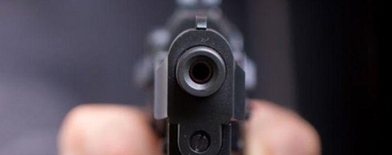 В Запорожье сын стрелял в свою 83-летнюю мать