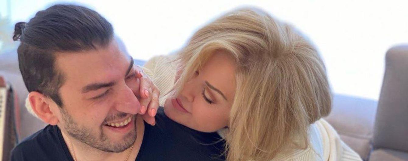 Любов Успенська натякнула на роман з молодшим на 39 років грузинським співаком