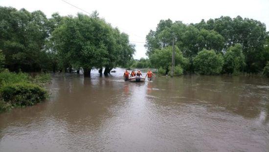 В Укргідрометцентрі попередили про підняття води у річках на заході Україні: є загроза підтоплень