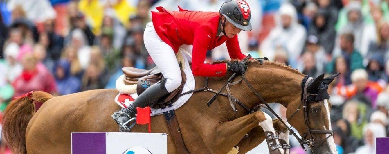 Съел сено с мочой допингиста: дисквалифицированного коня-чемпиона оправдали в суде
