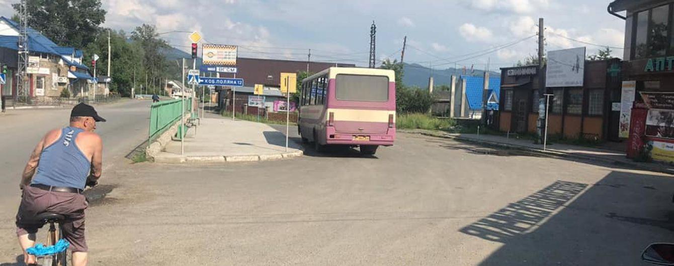 На Закарпатье поймали водителя автобуса, который проигнорировал запрет на перевозки: что ему грозит