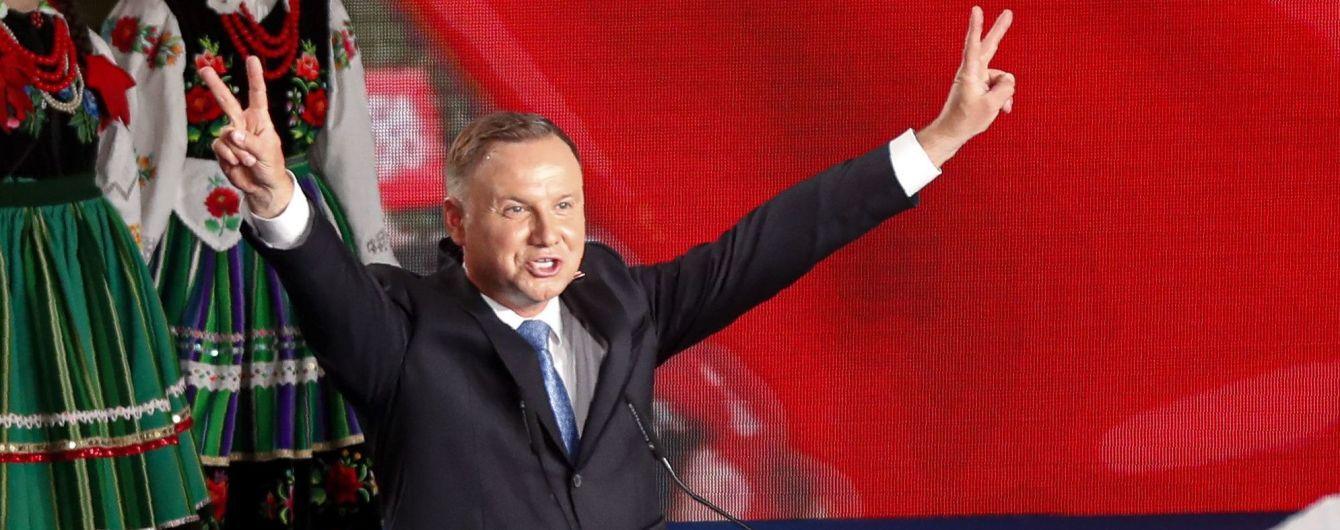 Выборы во время пандемии: в Польше в первом туре победу одержал действующий президент