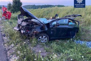 На трасі Київ-Одеса перекинувся автомобіль Citroen C4: є жертви